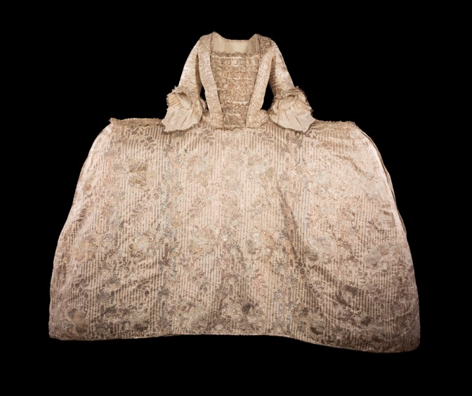 Mantua of ivory silk and silver brocade, 1760