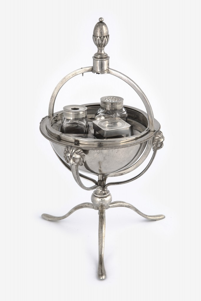 Princess Sophia's Ink-Stand (1800) By John Robins (c) Historic Royal Palaces