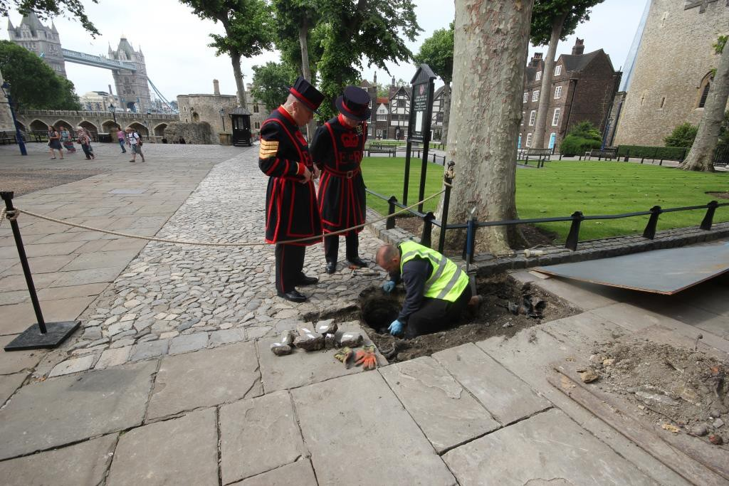 """Beefeaters Look on during """"Archaeological Emergency"""" Gas Works"""