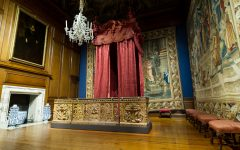 Queen Caroline's bed undergoes conservation | Secrets of a state bed